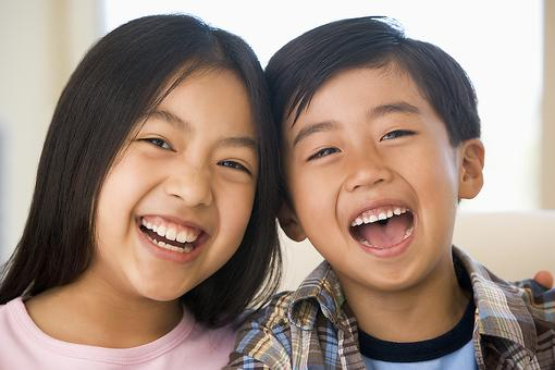 Help Your Kids Make New Year's Resolutions: 8 Kid-friendly Suggestions Parents Will Love!