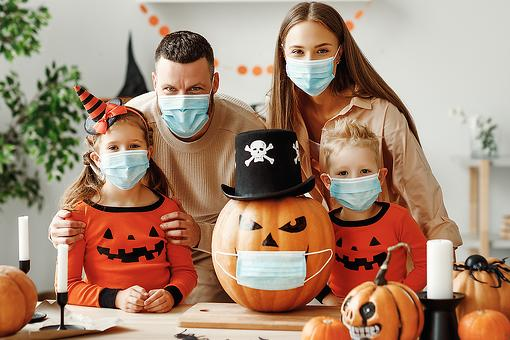 How Kids Can Halloween & Avoid COVID-19: 11 Ways to Have a Safe Halloween During the Pandemic