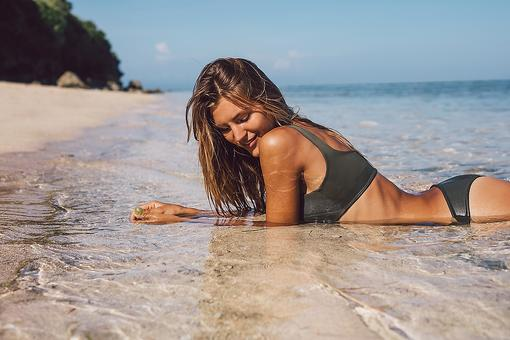 How to Achieve the Best Bikini Skin Zone: 3 Tips If You Choose to Shave!