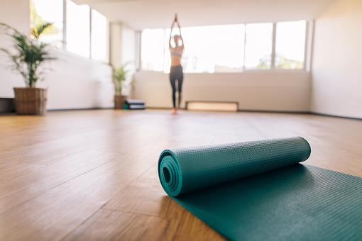 How to Clean Yoga Mats & Pick the Right One for You (It's Your Personal Altar!)