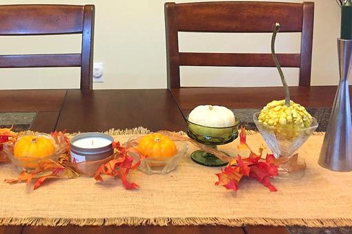 How to Create a Fall Tablescape: You Don't Have to Spend a Lot of Money to Wow Your Guests!