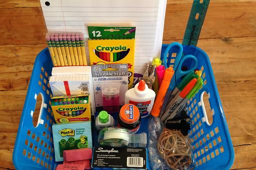 How to Create a Portable DIY Homework Station for Your Kids!