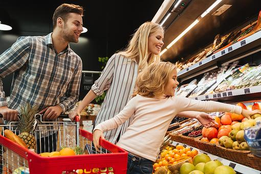 How to Eat More Sustainably: Tips to Help Find Eco-friendly Foods at the Grocery Store