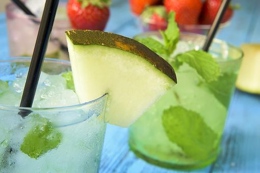 National Mojito Day: How to Make Mojitos & Margaritas With Fresh Fruit
