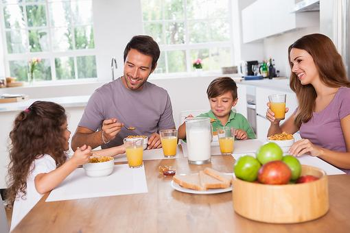 How to Make Family Meals a Reality: Think Beyond Dinner!