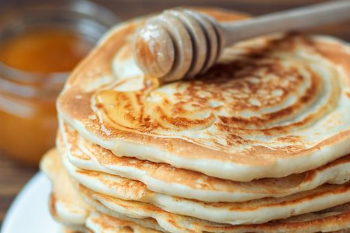 Easy Nut Milk Pancakes Recipe: This Fluffy Cashew Milk Pancake Recipe Is Low in Sugar