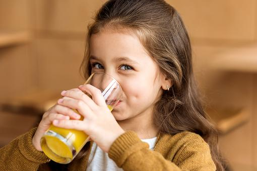 How to Make No-Sugar Fizzy Drinks for Kids & Reduce Sugar Intake (Goodbye, Soda!)