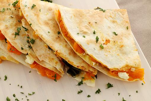 How to Make Rachael Ray's Easy Pumpkin Quesadillas (Yum-O)!
