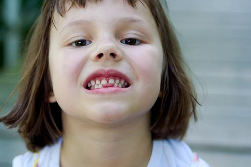 First Loose Tooth: How to Make Your Own DIY Tooth Fairy Boxes With Kids!
