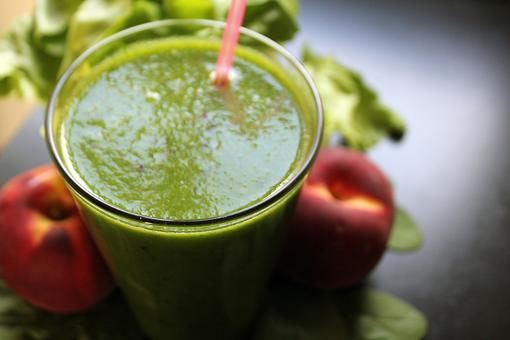 How to Make a Green Smoothie (Get Veggies Without Tasting Them)!