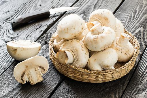 Chef's Hack: ​How to Make a Quick & Easy Mushroom Garnish in 30 Seconds!