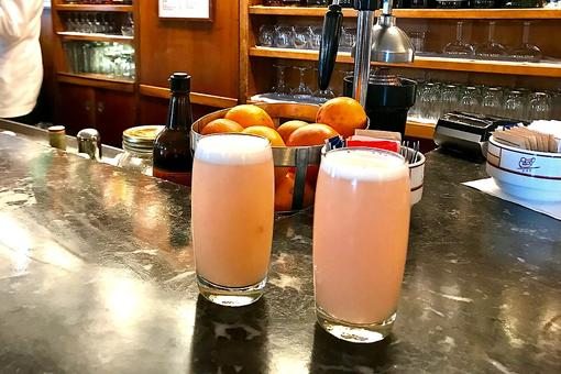 How to Make an Authentic Bellini Cocktail at Harry's Bar in Venice, Italy, Birthplace of the Bellini