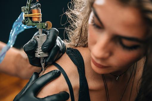 How to Prepare for Your First Tattoo: 4 Tips to Help You Make the Most of Your First Tattoo Experience