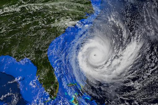 How to Prepare for Hurricane Delta: 40 Items for Your Hurricane Emergency Kit From the American Red Cross