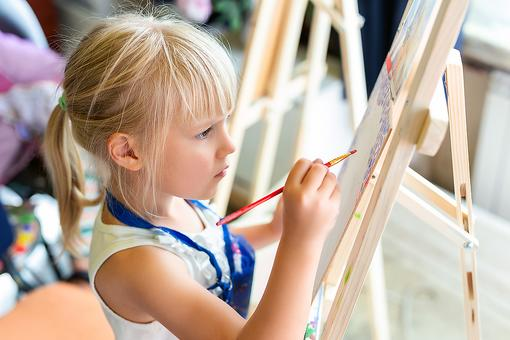How to Raise Creative Kids: 10 Ways Parents Can Encourage Creativity in Kids at Home, Plus 25 Fun Activities