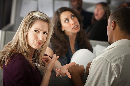 Interruptions in Conversations: 5 Steps to Help Stop People Interrupting You When Talking