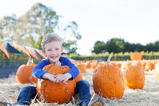 It's Time for Autumn Fun With the Kids! 2 Places You've Gotta Visit!