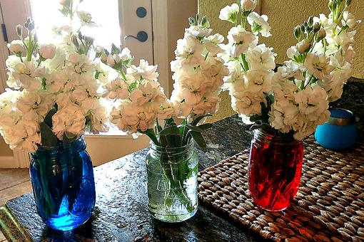 July 4th Decorating: Red, White & Blue Patriotic Flower Arrangements Could Not Be Easier!