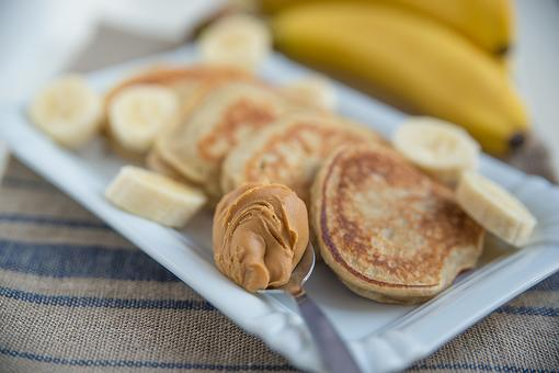 3-Ingredient Grain-Free Pancakes Recipe: This Gluten-Free Pancake Recipe Has No Refined Sugar