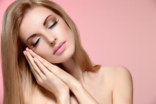 Lacking Sleep, Mom? Here Are 7 Makeup Must-haves!
