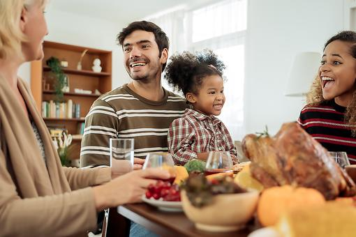 Laughter, Gratitude & Harmony on Thanksgiving: How & Why to Bring Laughter to the Holiday Table