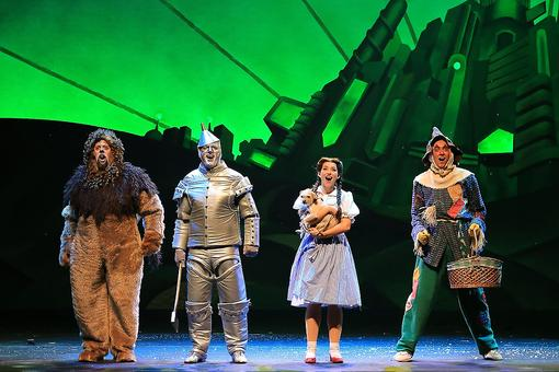 Attending Live Theater Performances Benefits Kids: Here's How! (Plus You Could Win Tickets!)