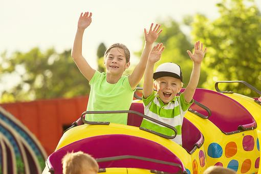 Love Amusement Parks? Here's Where to Go for Safety Info!