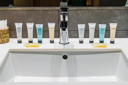 Love Those Mini Toiletries When Traveling? In 2021, They Will Disappear From Some Hotels