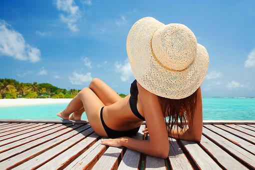 Love to Get Your Tan On? Here's Why Tanned Skin Is Damaged Skin!