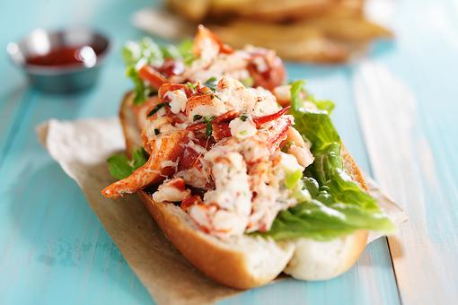 Easy Lobster Rolls Recipe: Make Luxurious Lobster Rolls for a Red Carpet (But Easy!) Sandwich Night