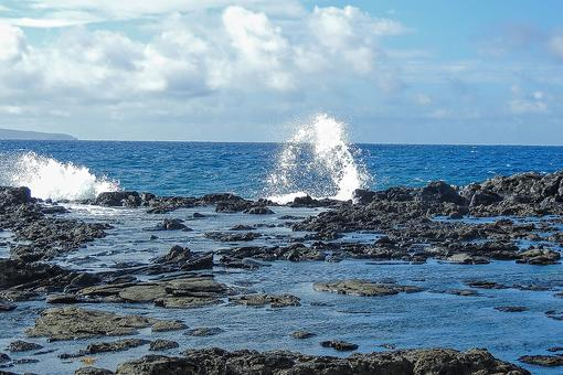Makaluapuna Point in Maui: Discover Hawaii's Dragon's Teeth & Kapalua Labyrinth