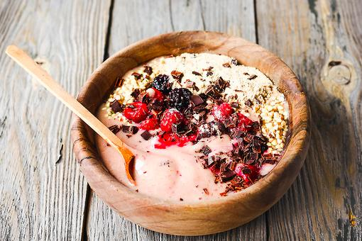 Make This Vegan Dragonfruit Smoothie Bowl & Slay Your Day!
