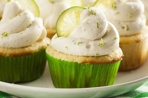 Margarita Cupcakes Recipe With Lime Frosting: A Refreshing Boozy Dessert for Summer Gatherings