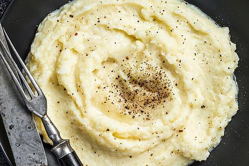 Mayonnaise Mashed Potatoes Recipe: The Creamiest Mashed Potatoes Ever (Only 4 Ingredients)
