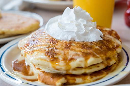 Melted Ice Cream Pancakes Recipe: Bring Fun Back to Breakfast With This 3-Ingredient Pancake Recipe