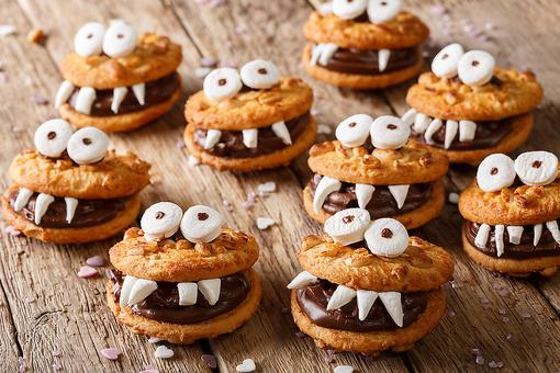 Halloween Cookies: How to Make Monster Sandwich Cookies (Say Cheese!)