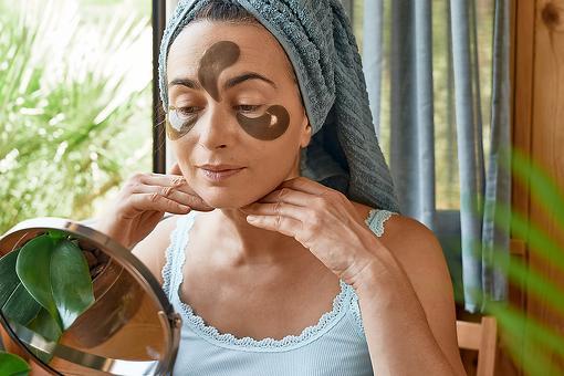 Most Dangerous Beauty Trends on TikTok: A Plastic Surgeon Breaks Down 4 Viral Beauty Trends
