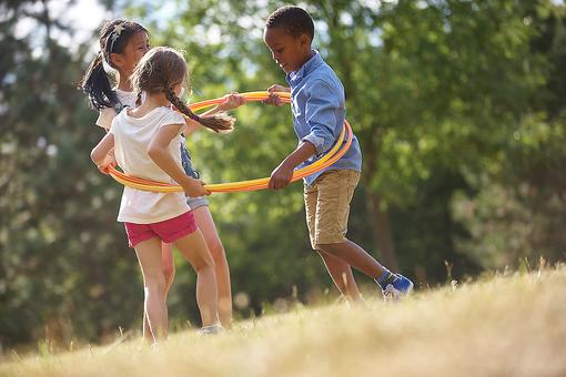 Cooperative Games for Kids: Why Cooperation Beats Competition in Childhood Games & Play