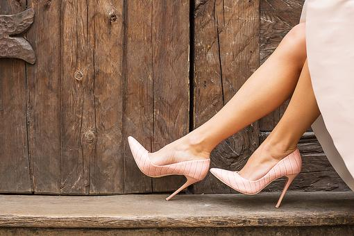 Must-Have Heels: Nude Pumps are the Shoes Every Woman Should Have in Her Closet!