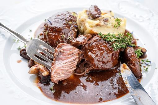 Best Oktoberfest Recipes: 20 Traditional German Recipes to Make for Your Oktoberfest Celebration