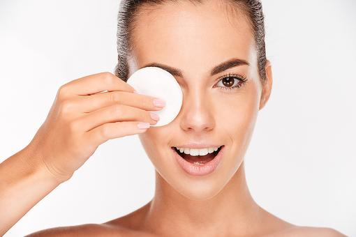 Run Out of Eye Makeup Remover? This Beauty Hack Will Save the Day!