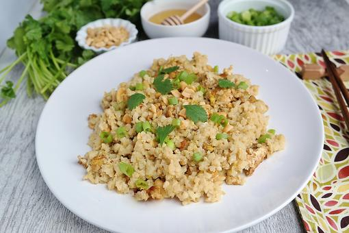 Honey Pad Thai Recipe With Cauliflower Rice: Think Outside the Box With This Easy Vegetarian Pad Thai Recipe