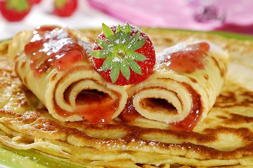 Pancake Rolls Recipe: Roll Out a Fun Breakfast With This Easy Stuffed Pancake Roll Recipe