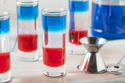 Patriotic Cocktails: How to Make Red, White & Blue Shots for July 4th!