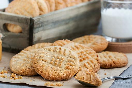 Peanut Butter Cookie Recipe: 3-Ingredient Peanut Butter Cookies Couldn't Get Any Easier to Make