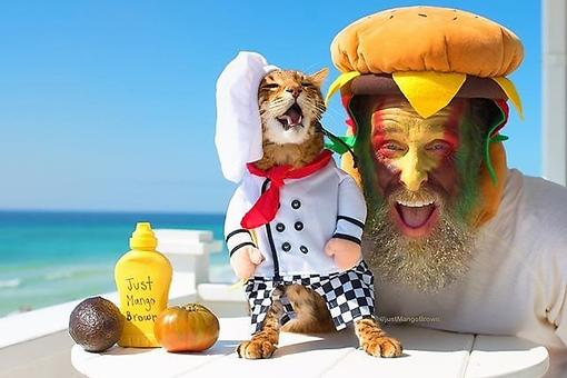 "Pet Photo Contest: Petco Announces ""Make a Scene"" Photo Contest Winners for Halloween!"