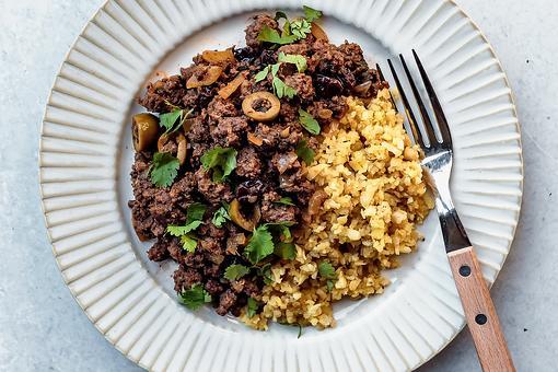 "Picadillo Recipe With Plantain ""Rice"": A Delicious Paleo-Friendly Puerto Rican Ground Beef Hash Recipe"