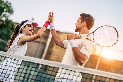 Play Tennis: The Sport Is a Great Hobby for Fitness & Fostering Friendships!