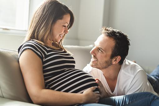 Pregnancy Week 19: Fetal Development, Signs of Dehydration & Ways to Get Dad-to-Be Involved
