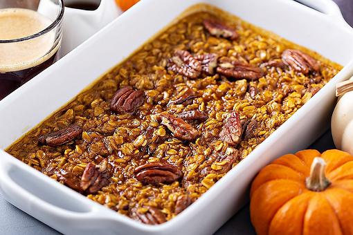 Pumpkin Baked Oatmeal Recipe: Put Some Fall Flavors Into Your Winter With This Easy Baked Oatmeal Recipe (Thanks, TikTok!)